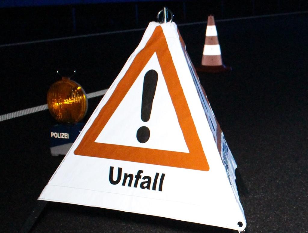 Reportnet24de Autofahrerin Stirbt Bei Schwerem Unfall Auf L 95