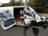 Hamburg - Berlin - Unfall auf A 24 bei Fehrbellin - Transporter rast ungebremst in LKW