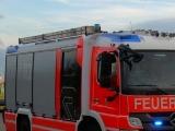 Havelland - Lagerhallen-Brand in Nauen - Schwerverletzte bei Unfall in Premnitz - Autobrand in Märkisch Luch