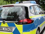 Luckau ++ Schwerer Unfall auf B 96 bei Gießmannsdorf ++ Person verbrennt im Auto ++