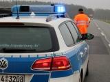 Treuenbrietzen - LKW-Unfall auf B 2 bei Niebel - Lastwagen im Vollbrand - Vollsperrung