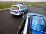 Düsseldorf-Leverkusen: Hollywoodreife Verfolgungsfahrt von A 59, A46 bis A3 - 20 Polizeiwagen stellen Auto bei Opladen