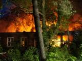Havelland - Großbrand in Premnitz - Ehemaliges Kitagebäude im Vollbrand